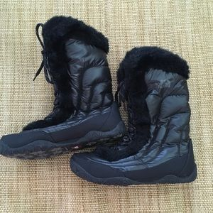 Women's North Face Goose Down Furry Boots